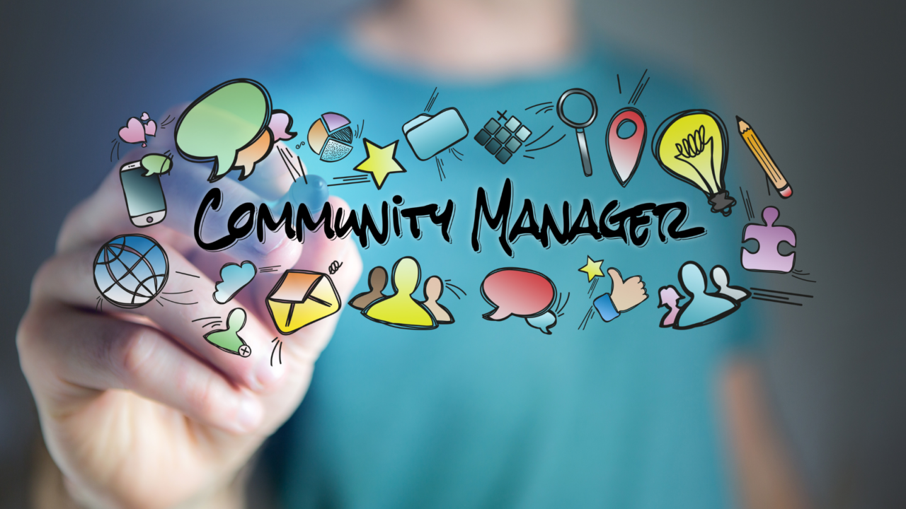 letrero community manager